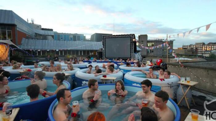 Mediasteak-kinos-hot-tub-cinema