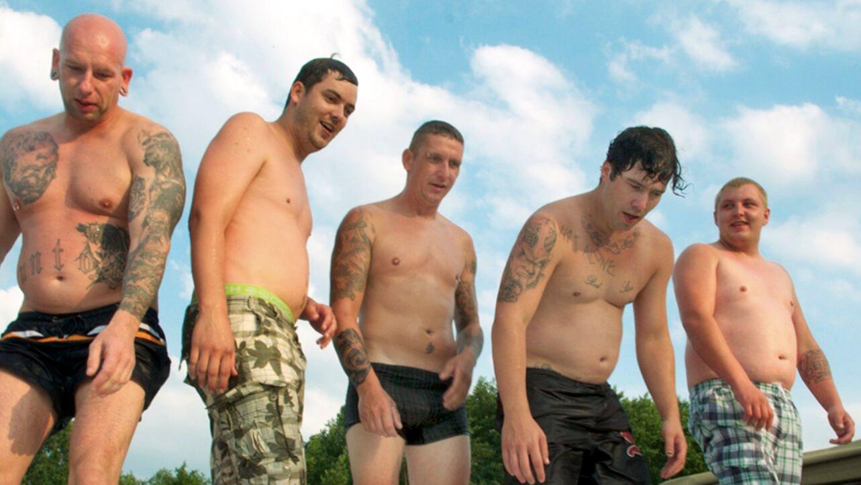'Deutschboden' ist ein liebevoller Film über Heimat, Hartz IV und Hackepeterbrötchen.
