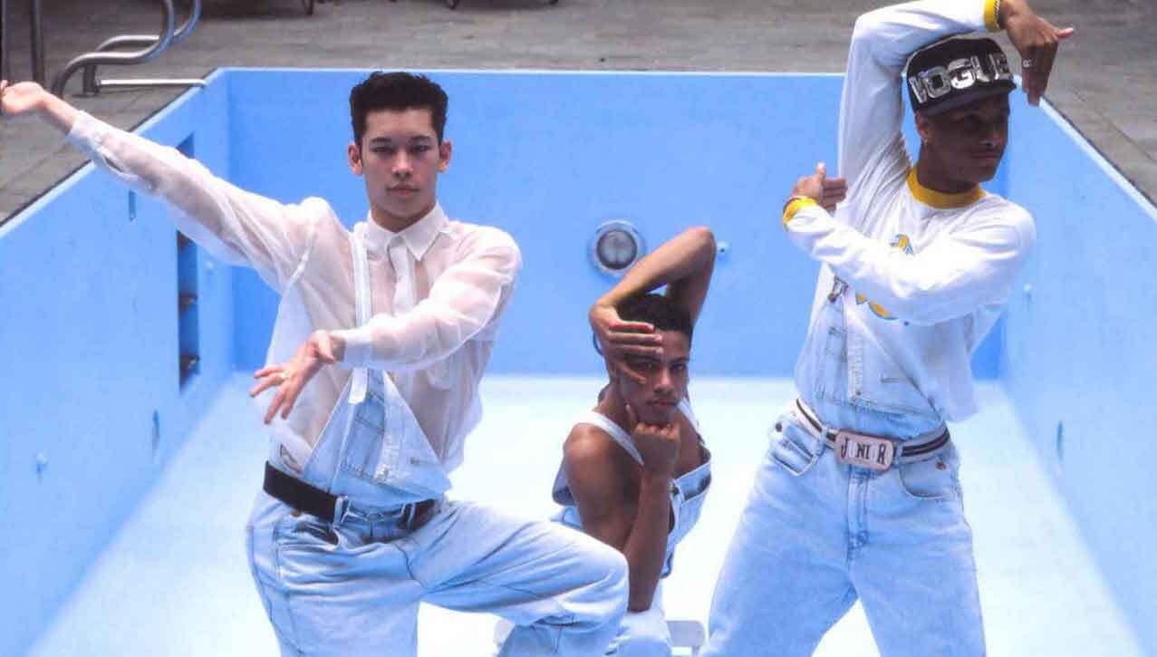 """1990 wählte Madonna 7 junge Tänzer für ihre """"Blond Ambition""""-Tour aus. In Express Yourself erinnern sie sich an die unbeschwerten Tage."""