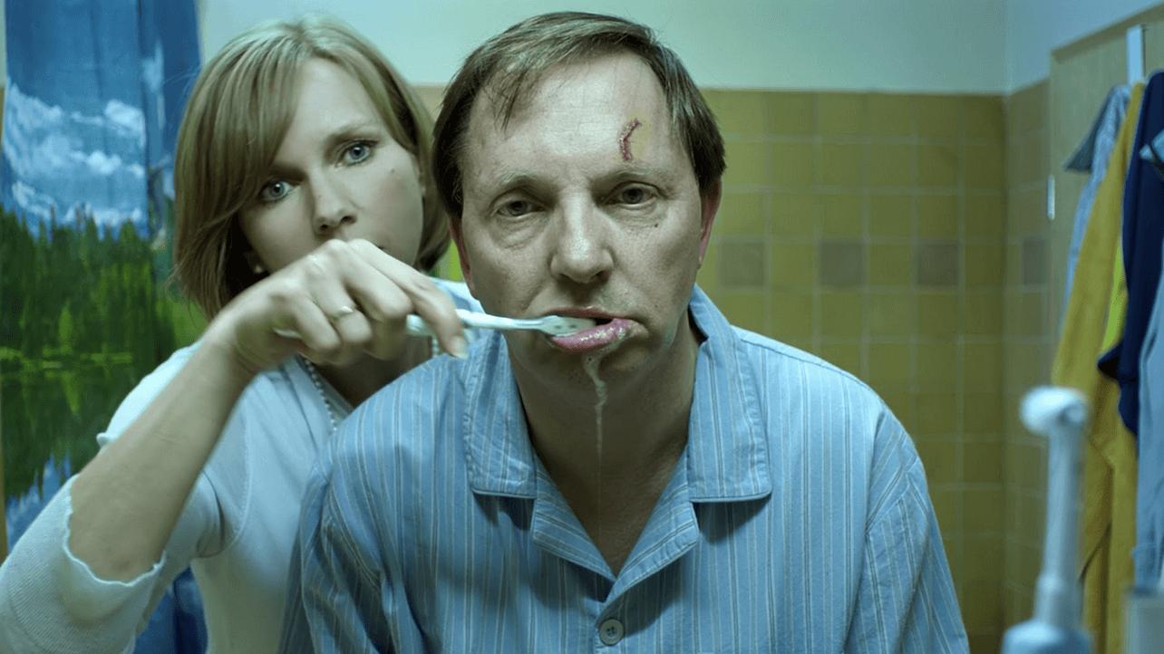'König von Deutschland' ist eine wunderbare Gesellschaftssatire mit Olli Dittrich und Veronica Ferres in den Hauptrollen.