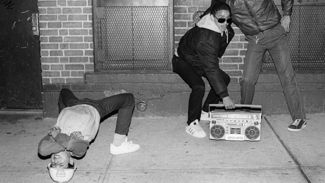 Die Webserie Sound System zeigt ein Stück Musikgeschichte zwischen Ghettoblastern und aufwendigen Musik-Boxen.