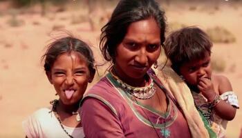 """Der Film """"Cobra Gypsies"""" nimmt uns mit auf ein einzigartiges Abenteuer, das uns die außergewöhnliche Schönheit des Ursprungs der Gypsy-Kultur zeigt."""