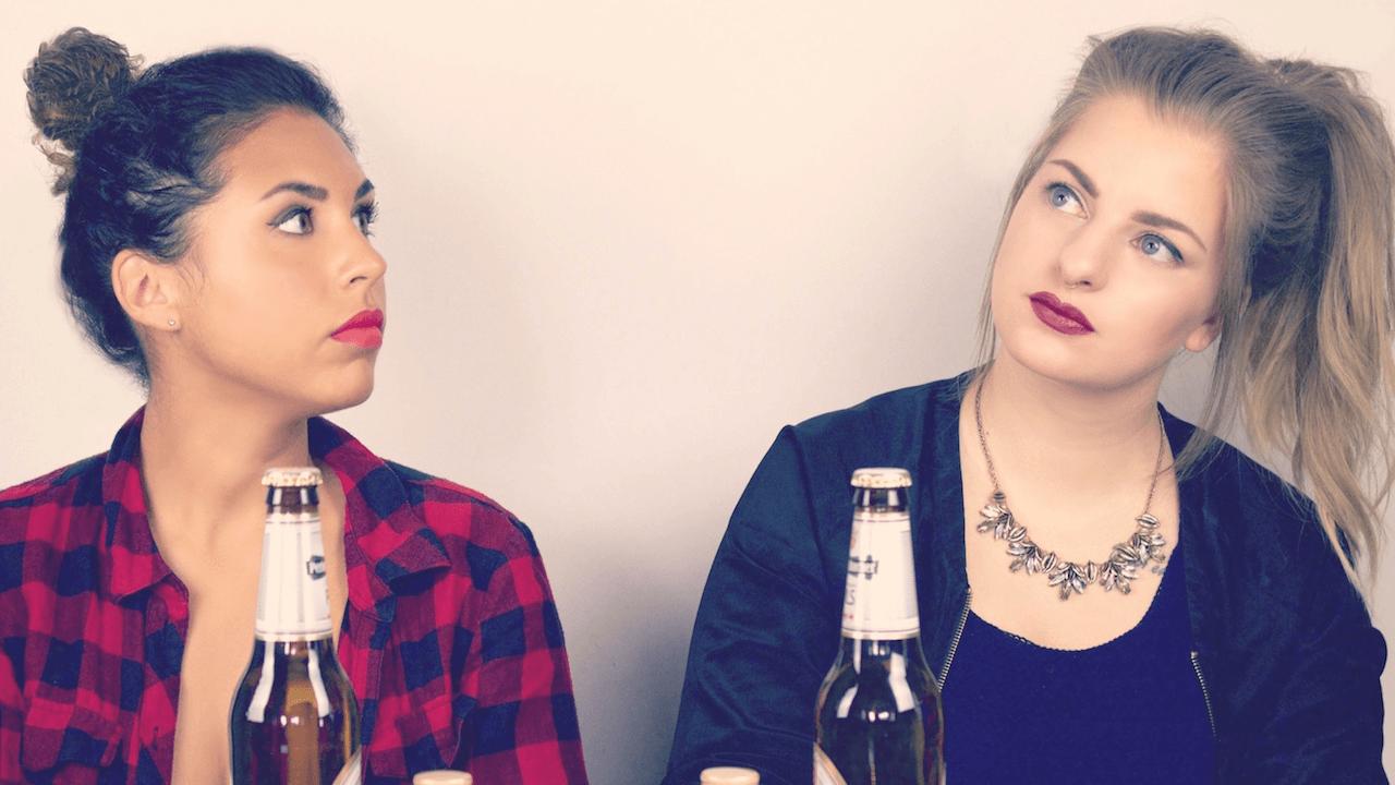 Ariana und Laura beim Herrengedeck Podcast