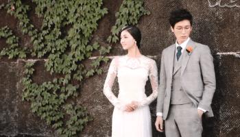 """Für """"Die südkoreanische Liebesindustrie"""" begibt sich VICE-Reporter Matt Shea nach Seoul und taucht in die erotische Welt eines Landes ein, das unter dem immer höher werdenden Durchschnittsalter seine Bevölkerung leidet."""