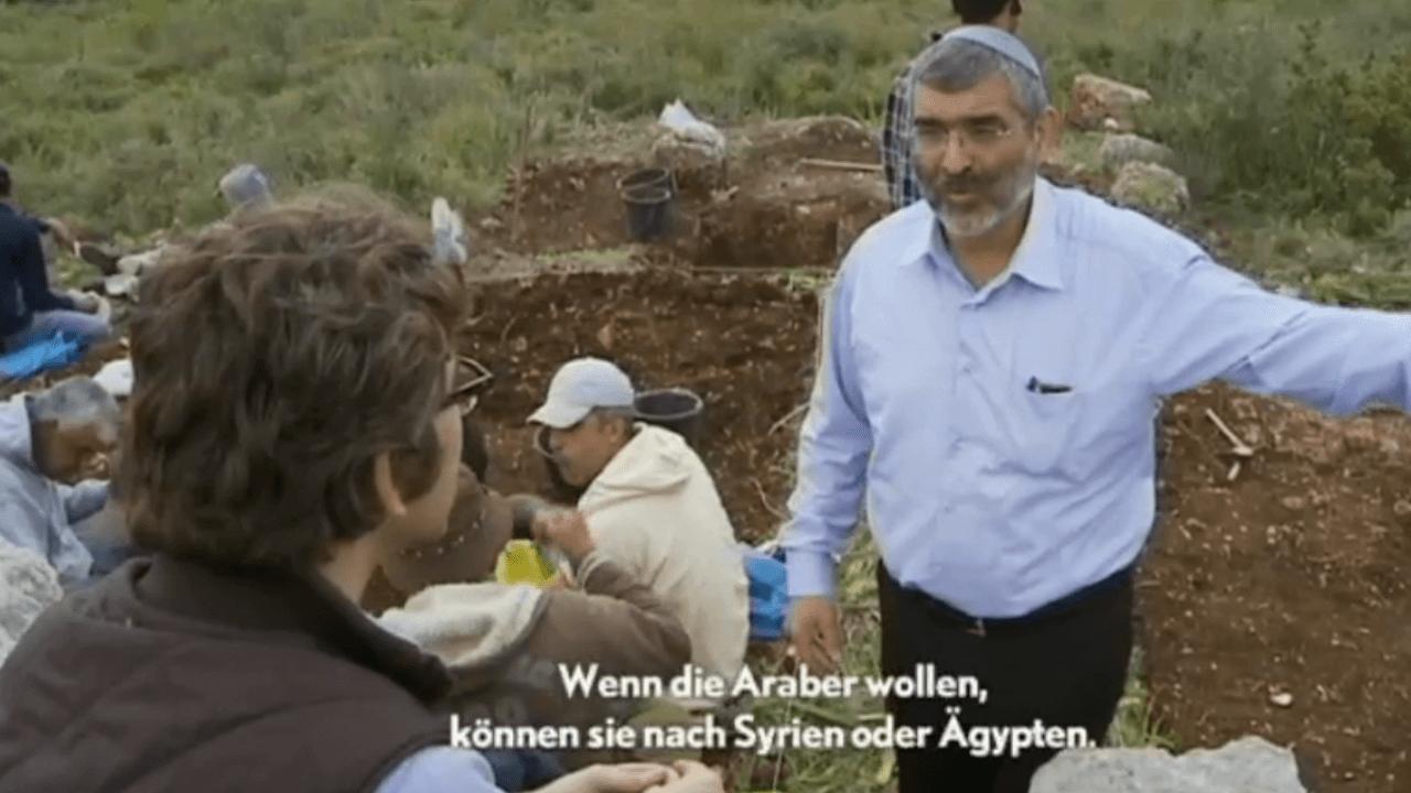Im ersten Teil der VICE Reports zur Lage in Nahost, fährt Simon Ostrovsky ins Westjordanland, um das Leben dort lebender jüdischer Siedler zu dokumentieren.