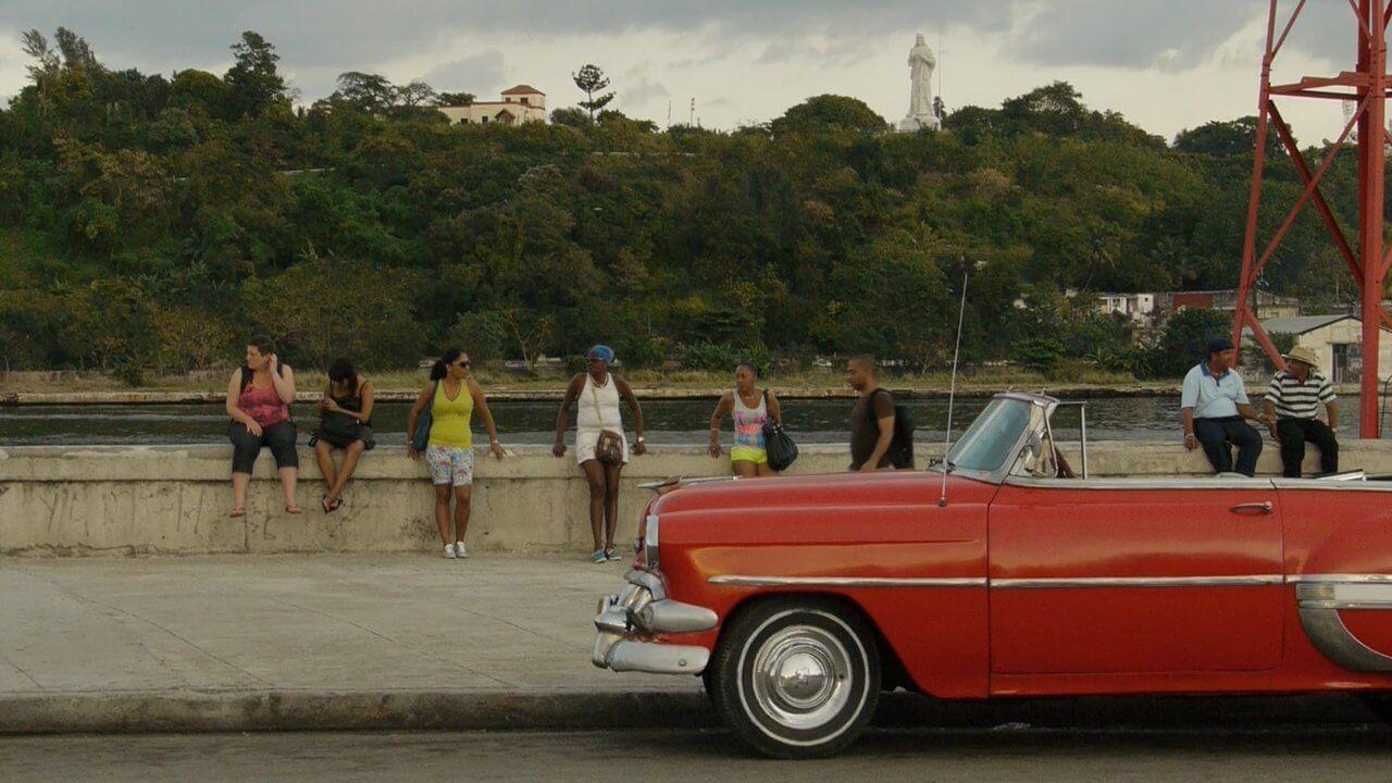 """Sechs Reisende haben Kuba im Umbruch erlebt und ihre Erlebnisse mit der Kamera dokumentiert. Im Videotagebuch """"Mein Kuba"""" berichten sie von ihrer Reise."""