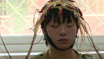 'China's Web Junkies' werden in Reha-Zentren behandelt, die eher einem Gefängnis gleichen.