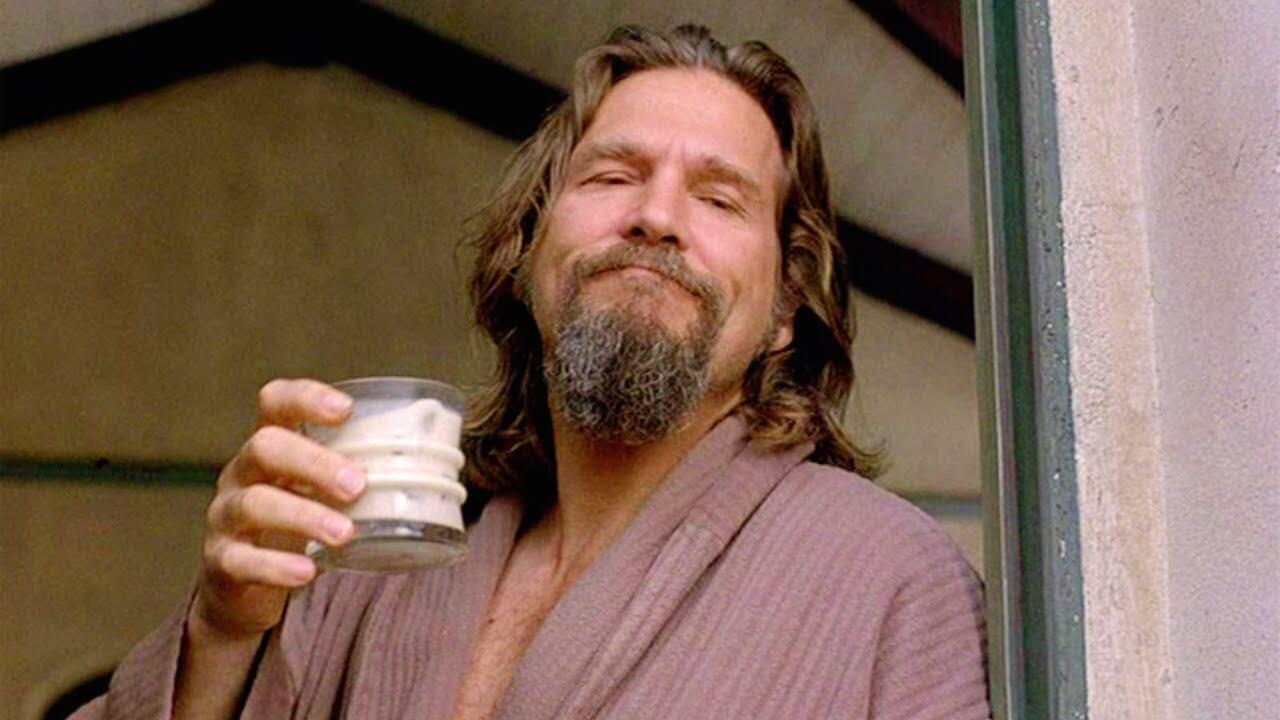 Der White Russian aus Big Lebowski gehört zu den beliebtesten Drinks im Film.