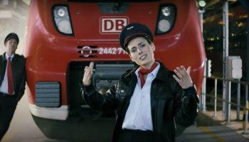"""Eko Fresh rappt das Deutsche-Bahn-Pendant zu """"Is mir egal""""."""