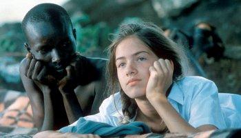 Nirgendwo in Afrika: Eine ältere Regina (Karoline Eckertz) mit ihrem langjährigen Freund und Gefährten Jogona (Silas Kerati)