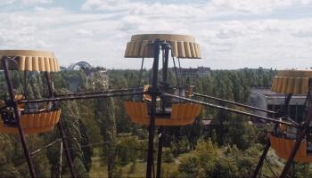 Filmemacher Danny Cooke ließ seine Drohne über die verlassene Stadt Pripyat fliegen und zeigt den aktuellen Zustand des Verfalls.