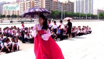 Mein Besuch in Nordkorea: Die Doku zeigt wie Urlaub in einem diktatorischen Land aussieht und Gibt exklusive Einblick in Nordkorea.