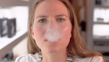 Vaping ist eine weitaus weniger schädliche Alternative zum Tabakrauchen. Macht euch selbst ein Bild über die Vor- und Nachteile der E-Zigaretten.