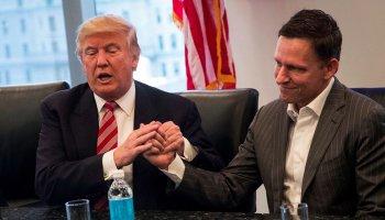 Trumps seltsamer Handshake-Style